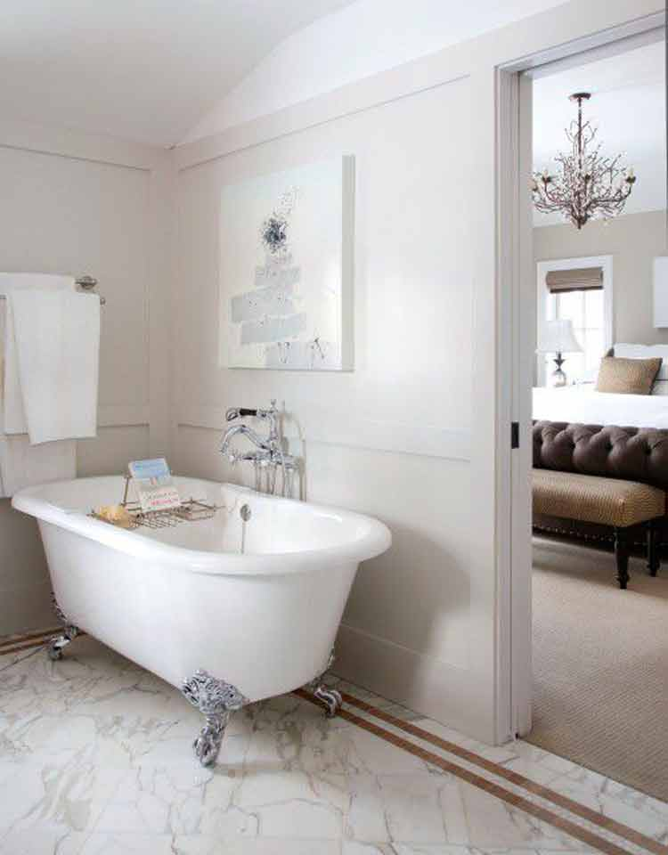 Ideas clawfoot tub accessories that expand your space