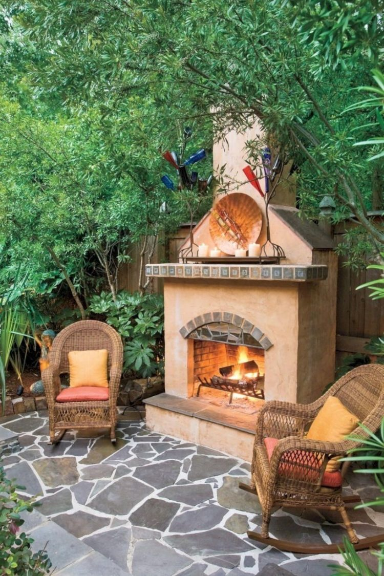 outdoor fireplace and jacuzzi