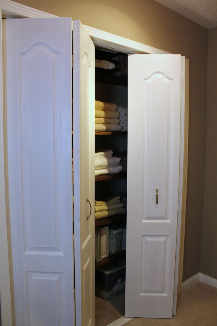 bifold closet doors masonite