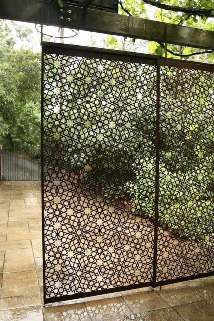 chain link fence layout