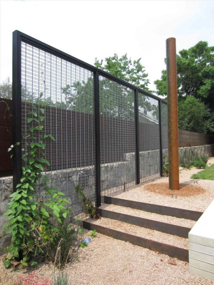 chain link fence material calculator