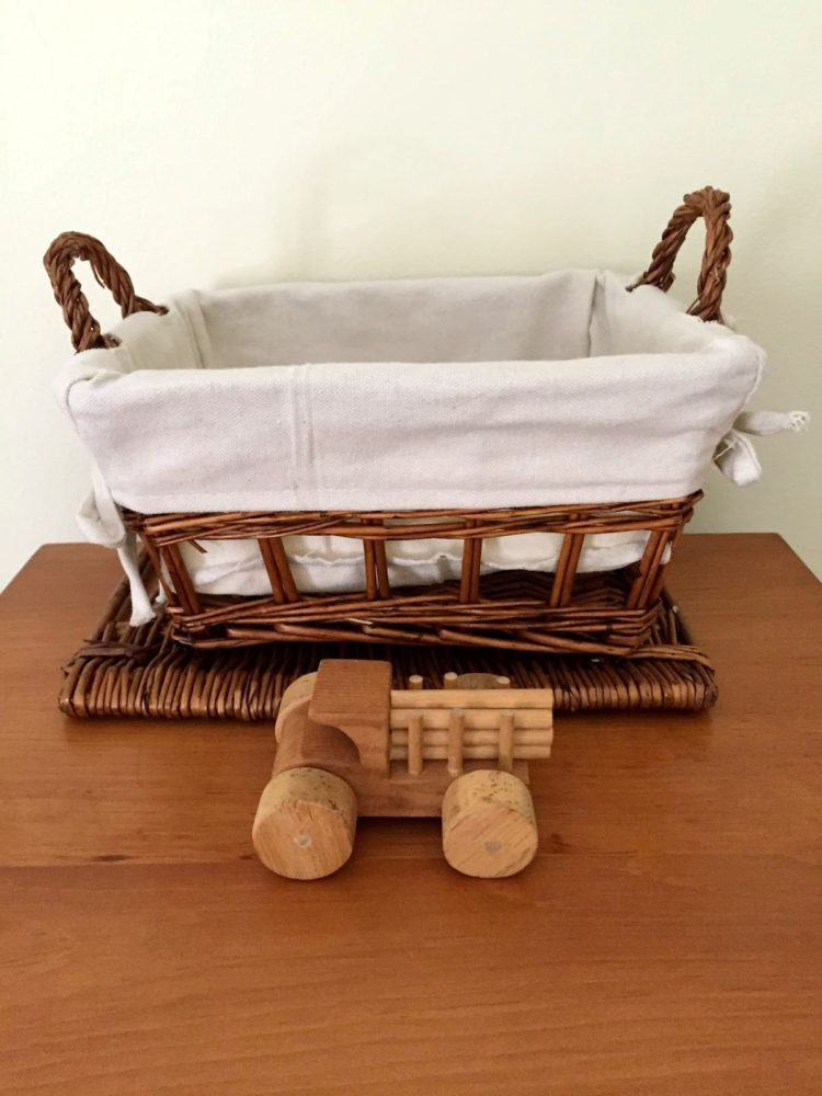 pack n play changing table bassinet