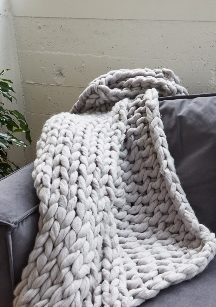 chunky knit blanket navy blue