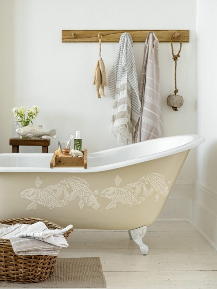 4ft clawfoot tub