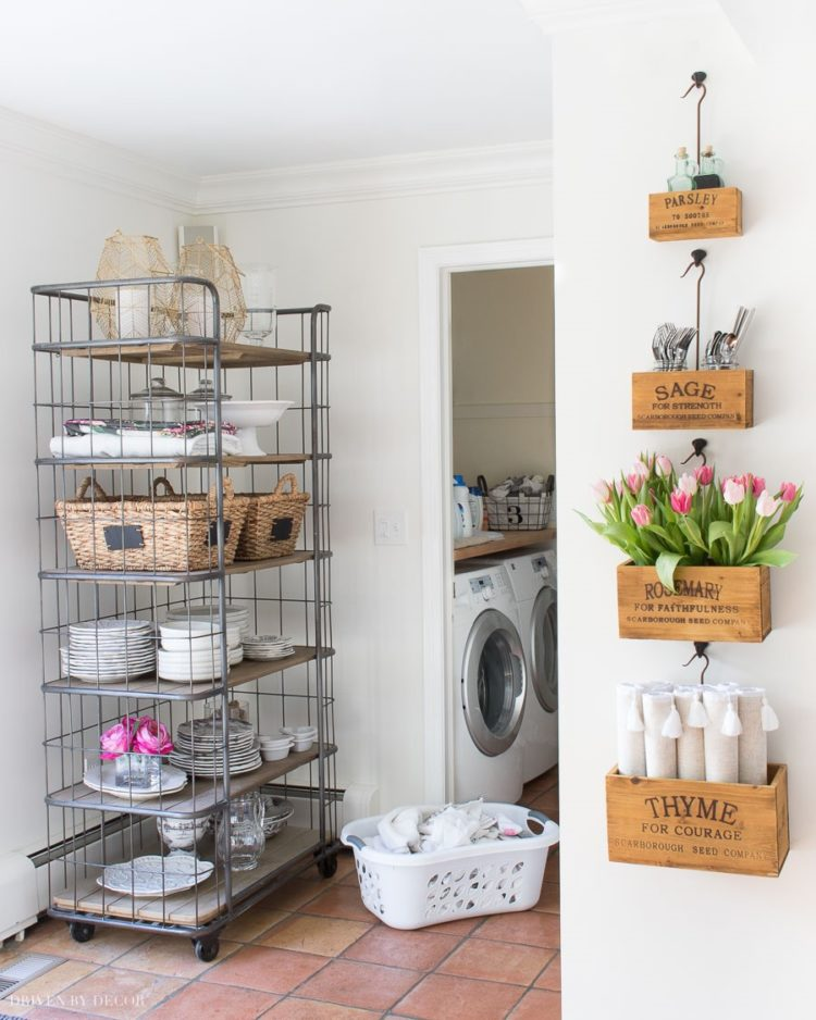 decor steals hanging trays