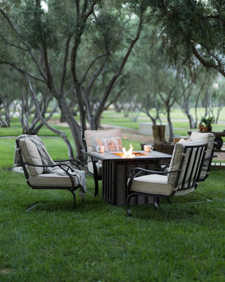 fire pit table how to use