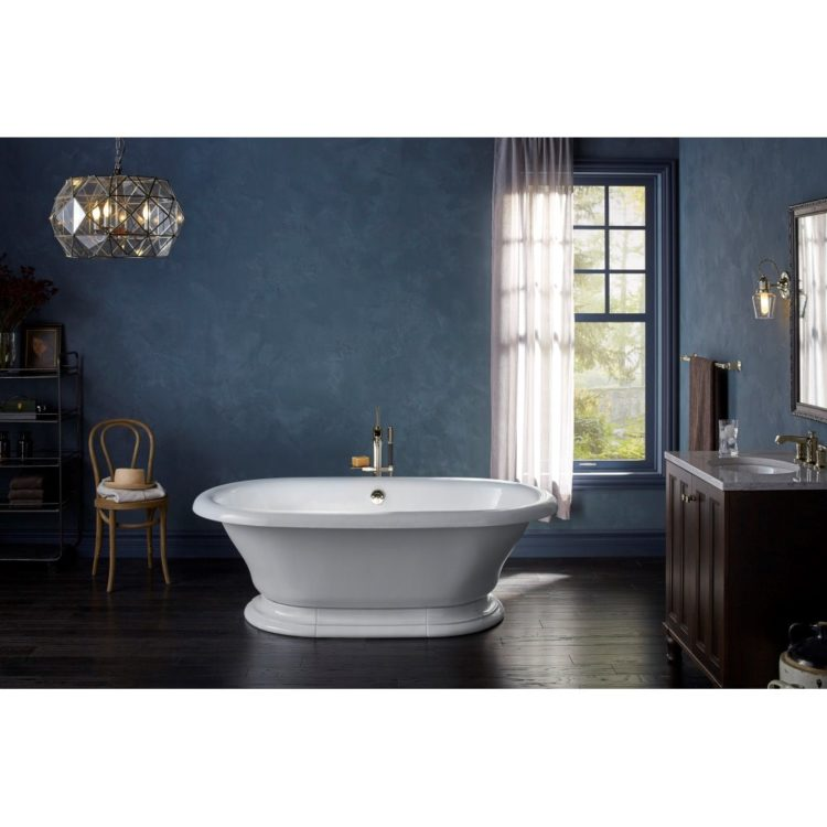freestanding tub with shower curtain