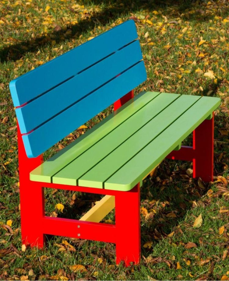 garden bench and kneeler