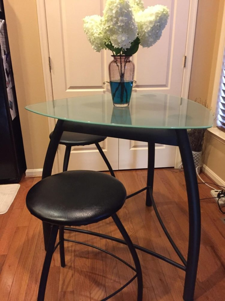 counter height table with stools
