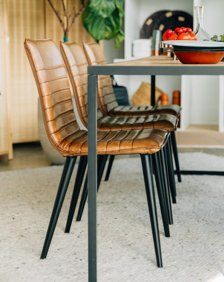 height of a kitchen chair