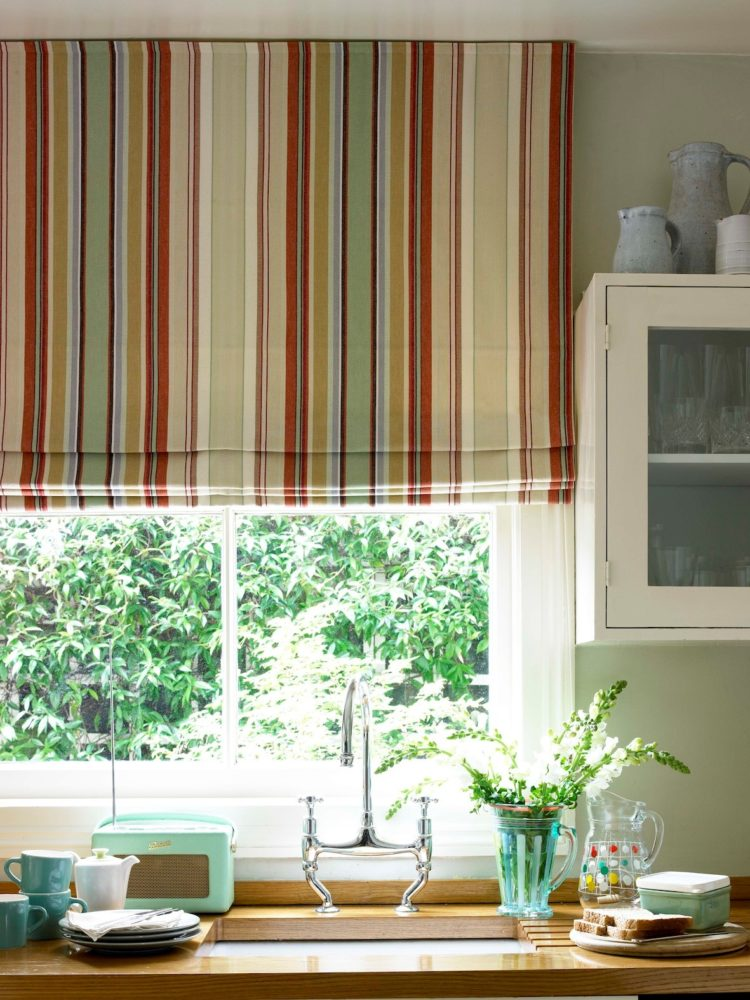 kitchen curtains burgundy
