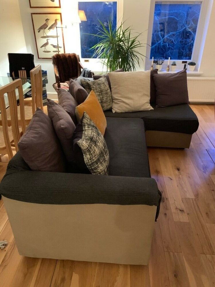 l shaped couch brick