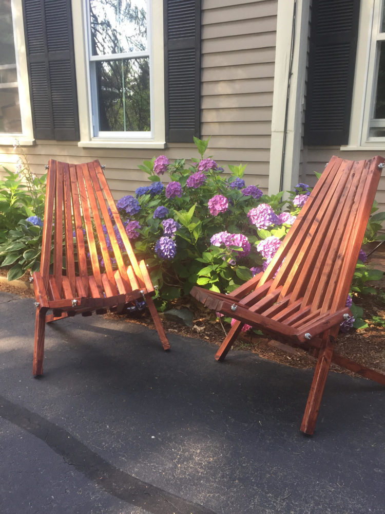 outdoor chairs on wheels