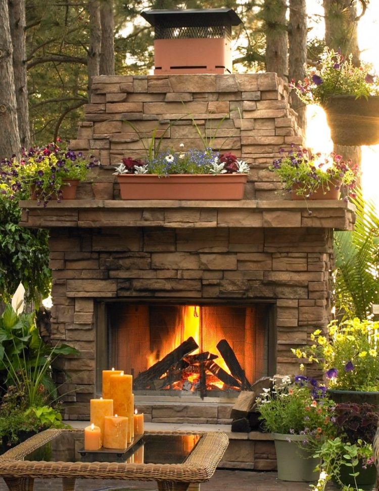 outdoor fireplace or