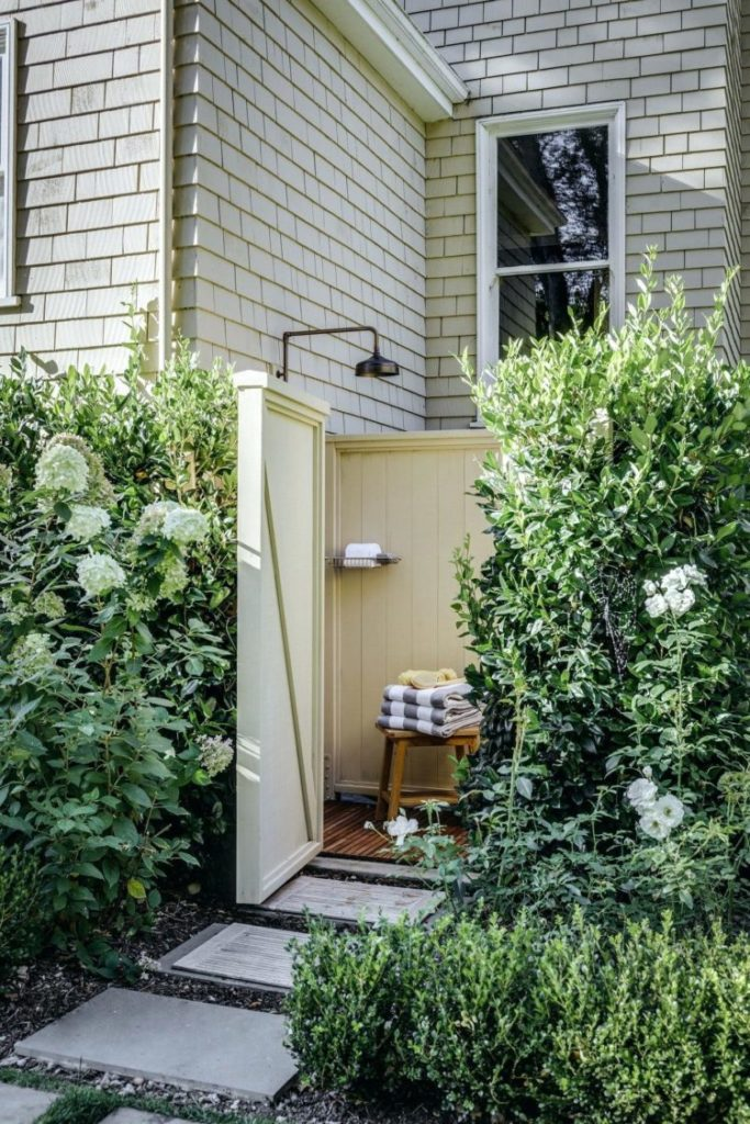 outdoor shower nyc