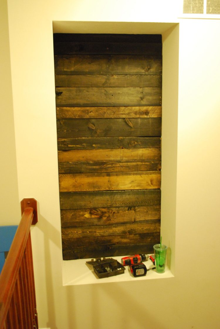 pallet wall for photos