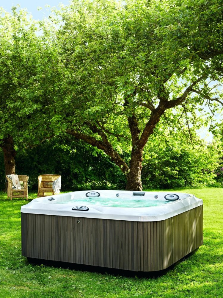 portable hot tub ozone