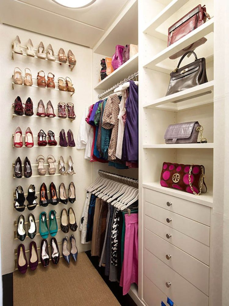 walk in closet electrical outlet