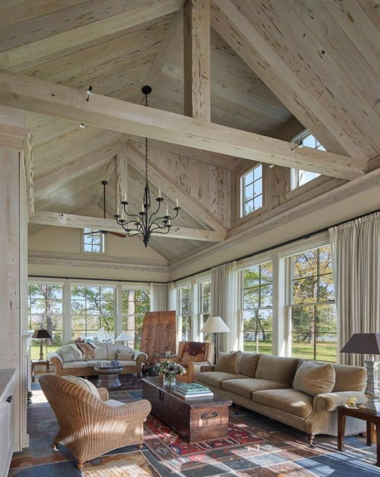 50+ Vaulted Ceiling Ideas to Make Spaciousness in Style