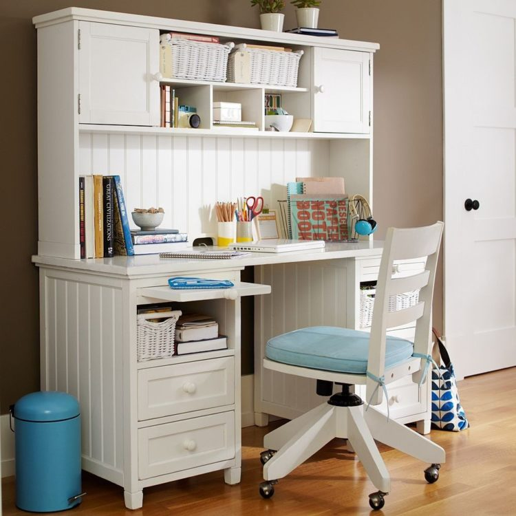 white desk pier one