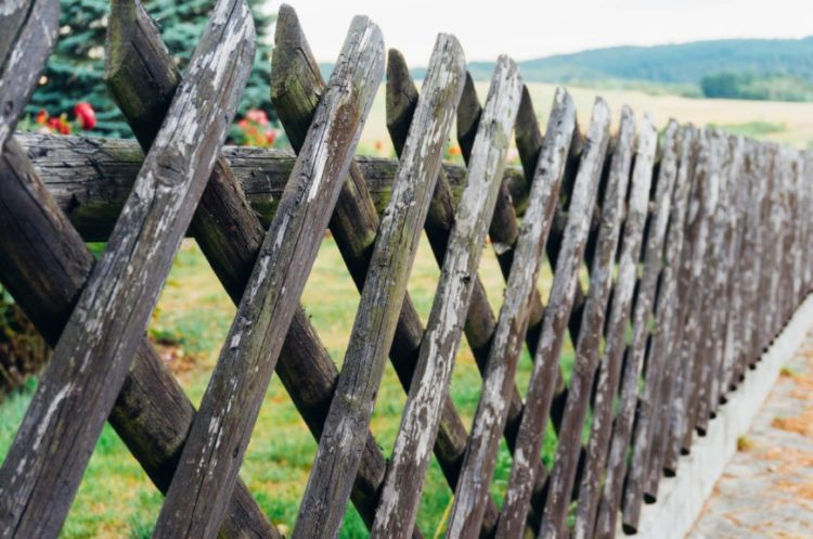 wood fence edging