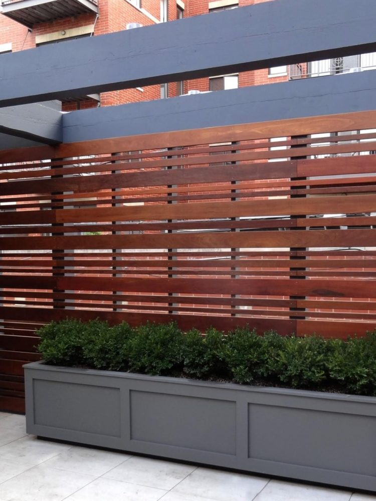wood fence horizontal slats