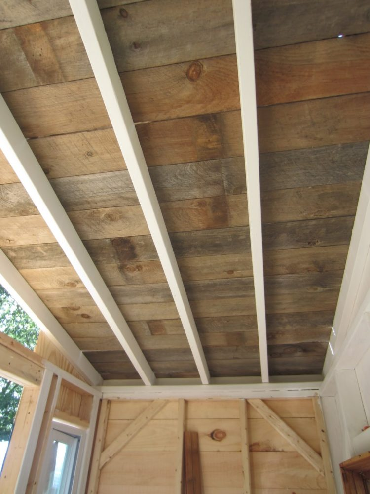 wood plank house siding