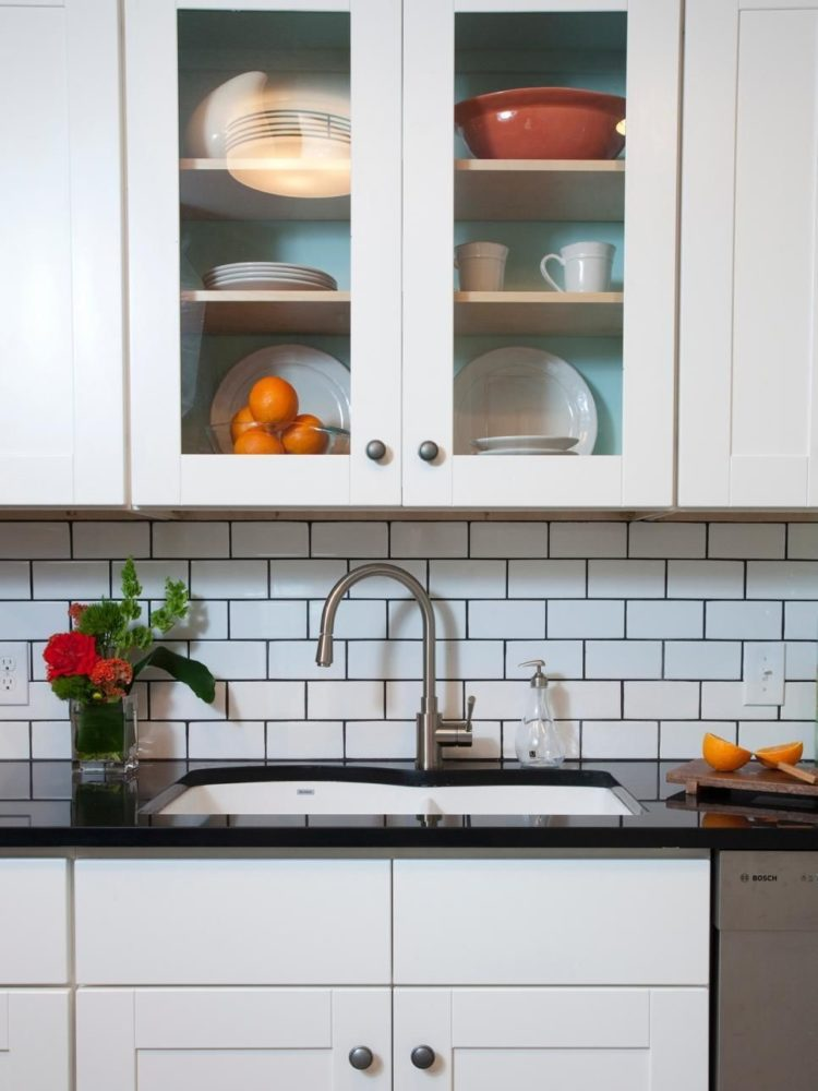 subway tile backsplash easy