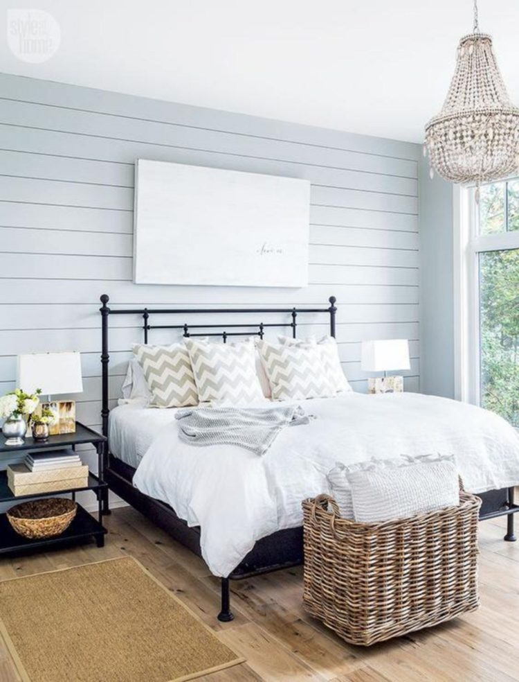 shiplap interior wall