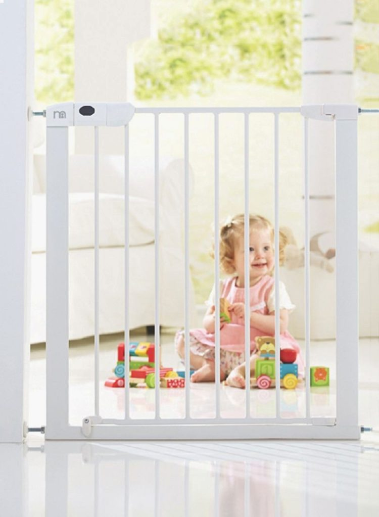 baby gate glass railing