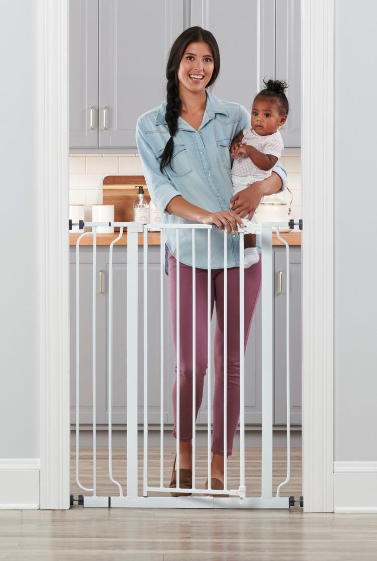 baby gate door frame