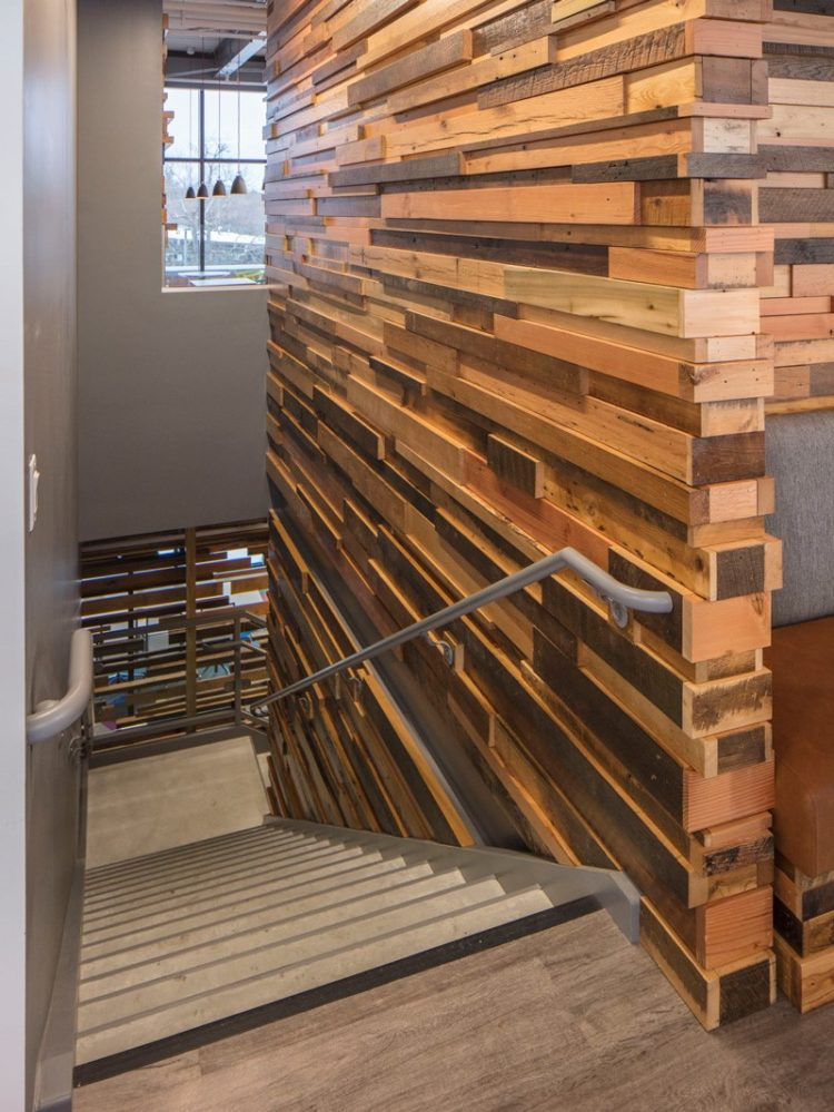 50 Diy Reclaimed Wood Projects Ideas And Designs For 2019