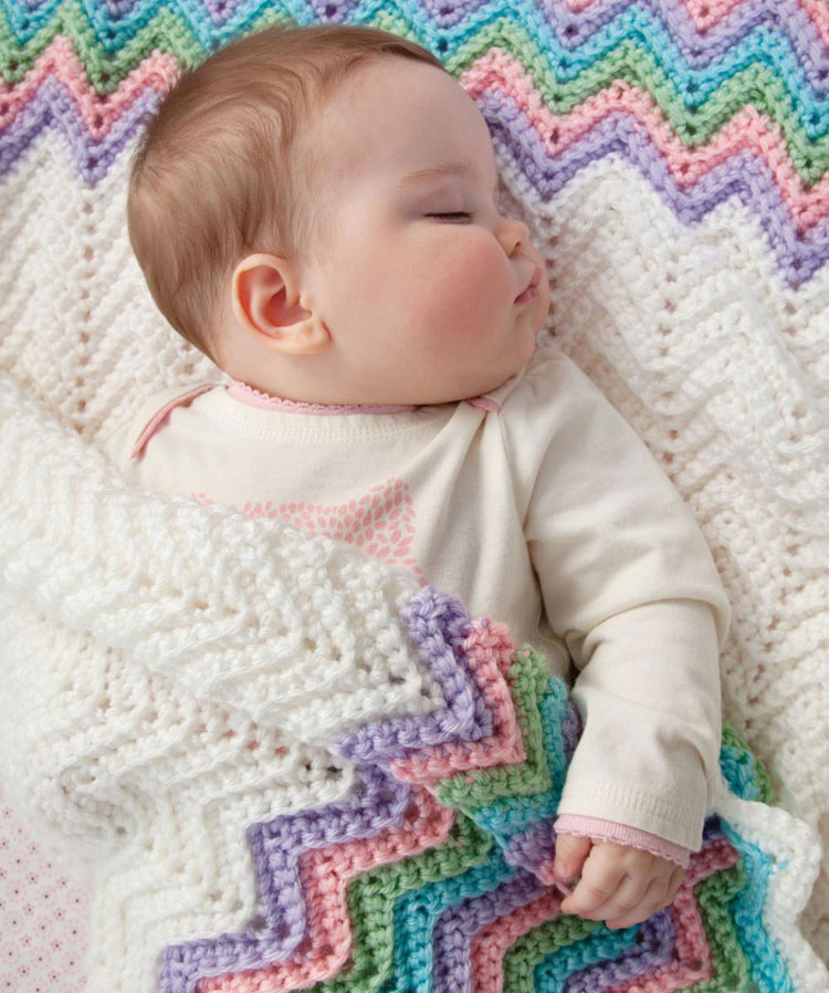 crochet baby blanket in the round
