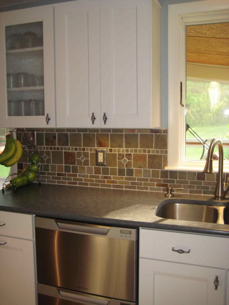 subway tile backsplash for kitchen