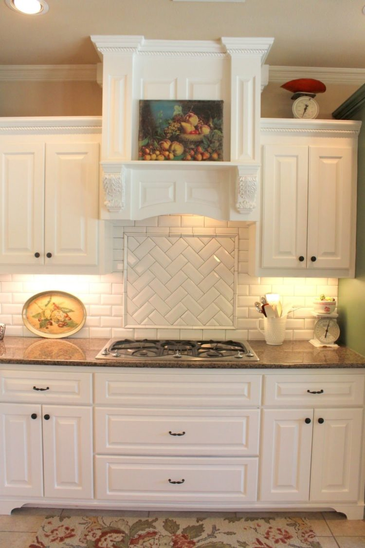 subway tile backsplash for white kitchen