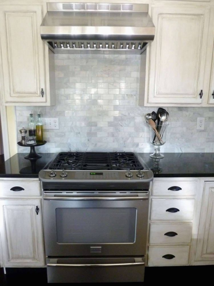 subway tile backsplash gap