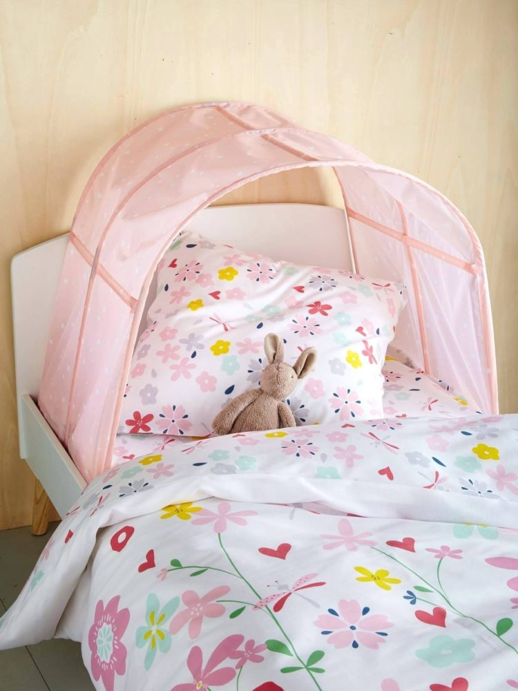 a frame bed tent