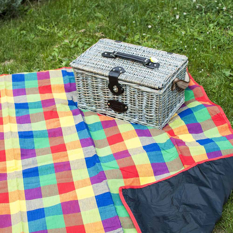 quality picnic blanket