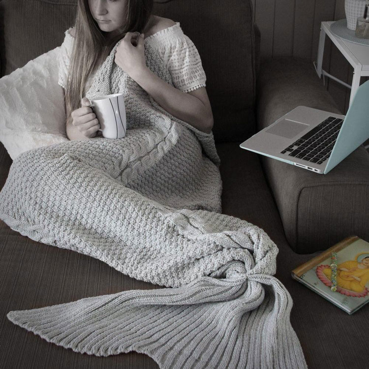 mermaid tail blanket how to
