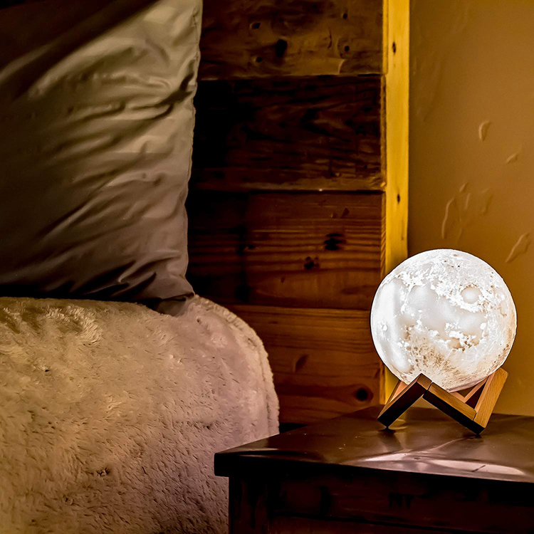 moon lamp instagram ad