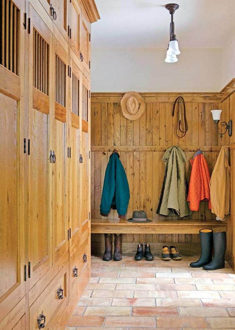 mudroom farmhouse