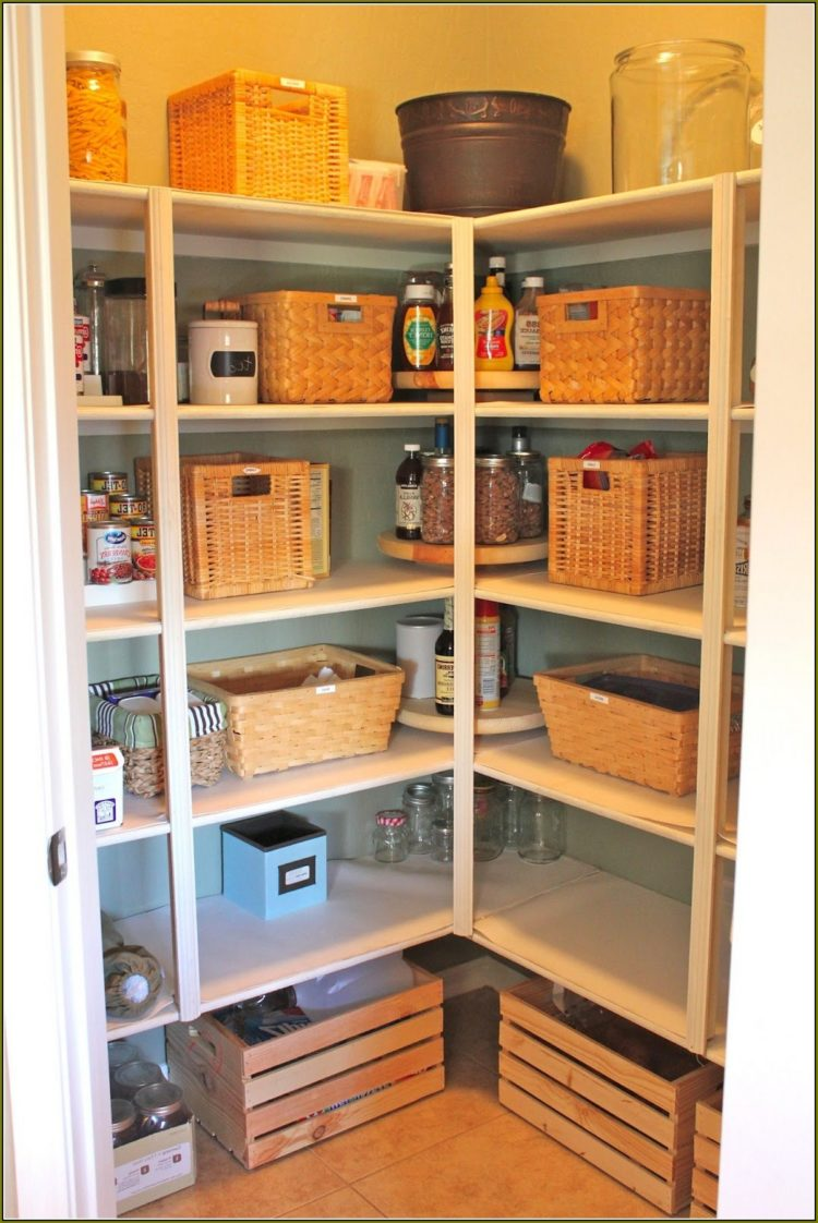 pantry cabinet in spanish