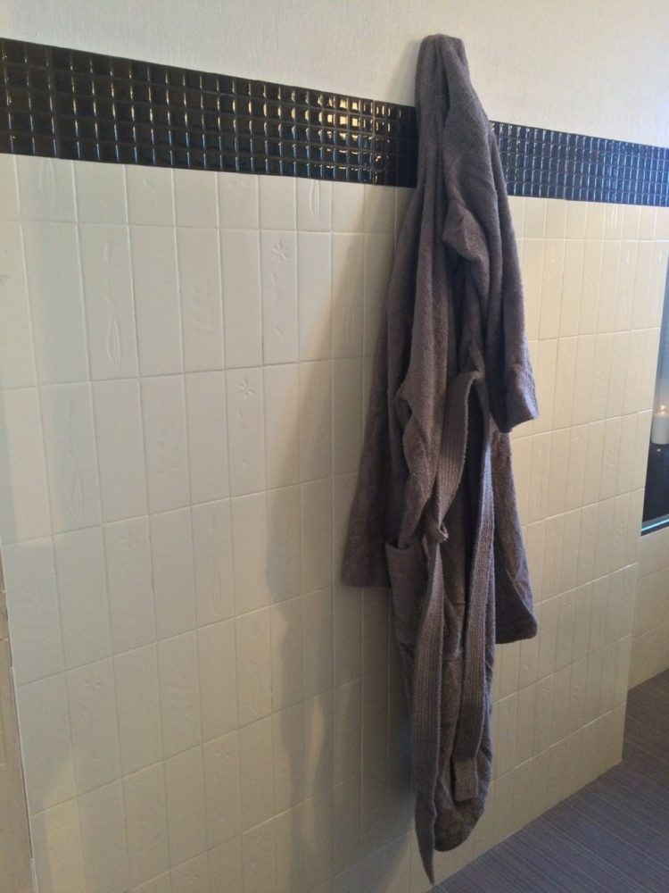 peel and stick tile grout