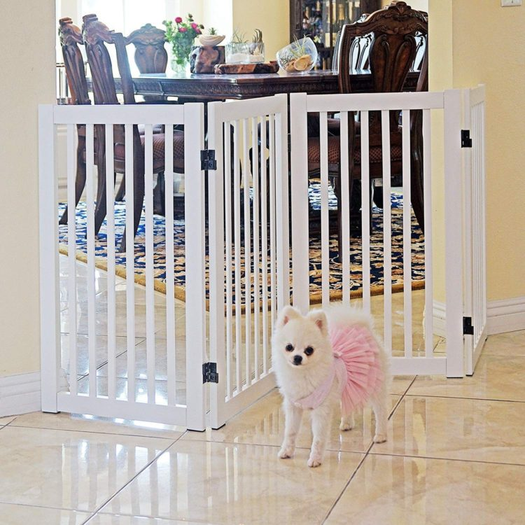 pet gate in store