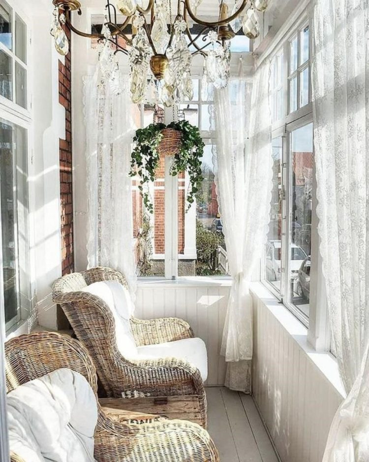 shabby chic guest room