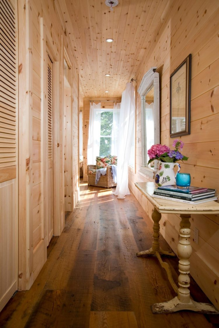shiplap entry wall