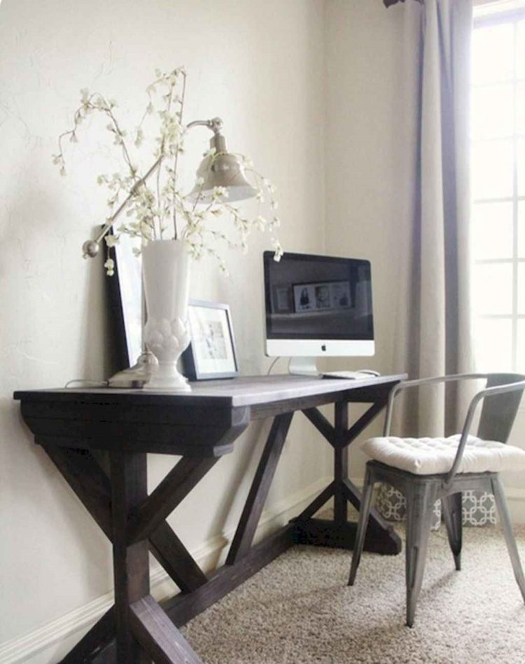 trestle table medieval