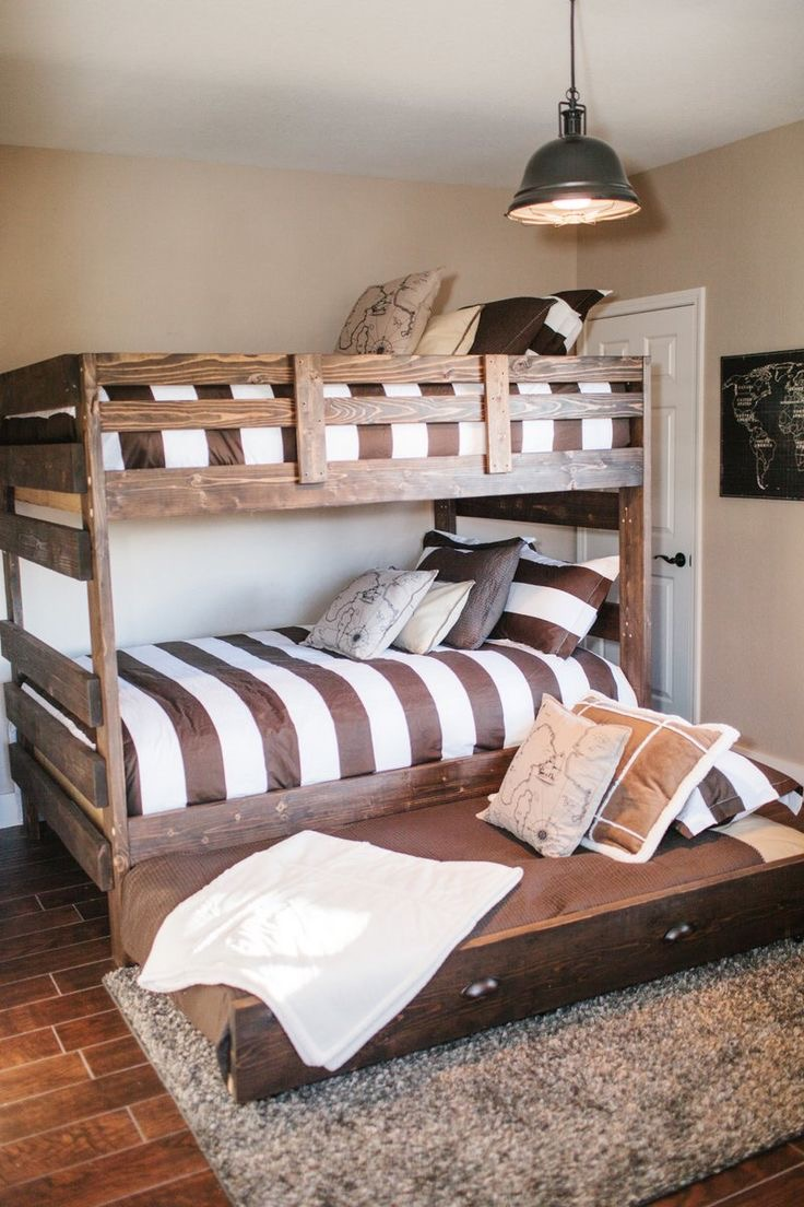 make a trundle bed