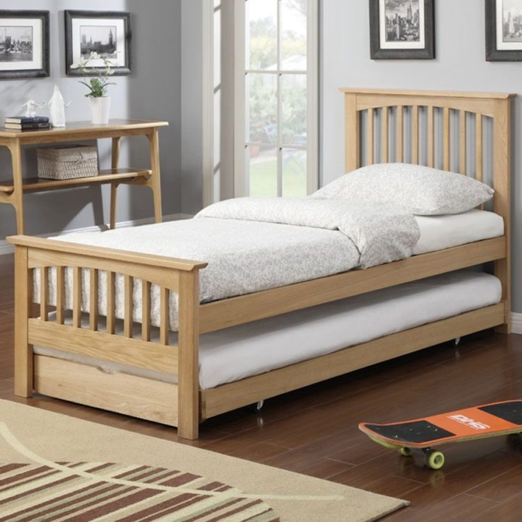 trundle bed guest room