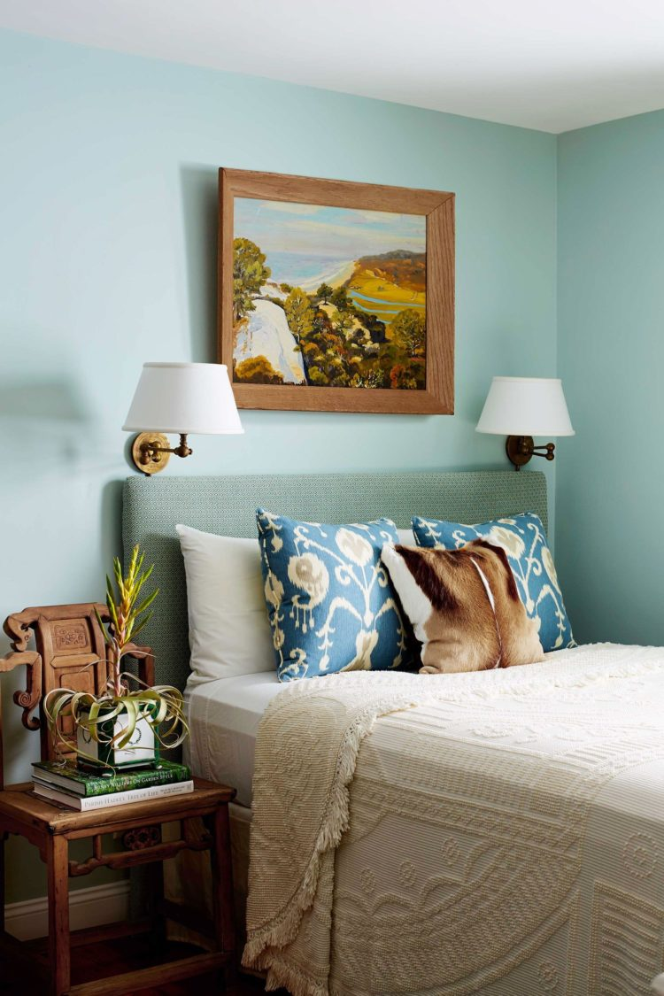 twin bed frame house